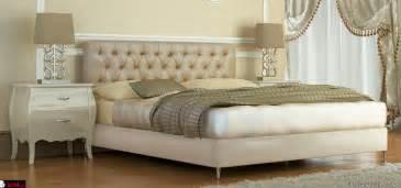 sofa barock κρεβατοκαμαρεσ υφασμάτινο κρεβάτι barock sofa gr