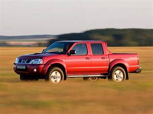 Nissan Np300 Pickup Double Cab