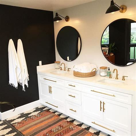 best 25 black white bathrooms ideas on classic style white bathrooms city style