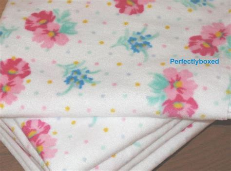 Vintage Floral Hand and Bath Towels at www.perfectlyboxed.co