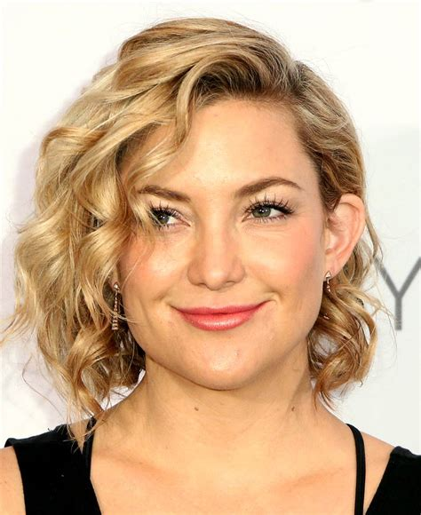 kate hudson hair styles s hair goes from a bob to a shag see the 3655