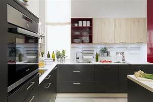 16 relingsystem kuche bilder hausmarke musterkuche for Relingsystem küche