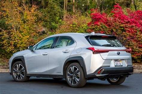 Lexus adds subcompact UX crossover to lineup in regular ...