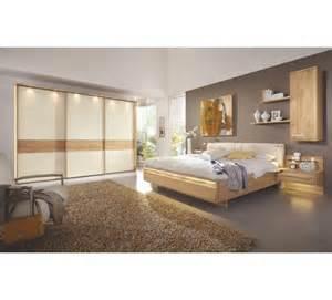 steinwand wohnzimmer verlegen komplettes schlafzimmer kreative deko ideen und innenarchitektur