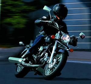 Shadow 125 Occasion : honda 125 shadow vt 2003 fiche moto motoplanete ~ Medecine-chirurgie-esthetiques.com Avis de Voitures