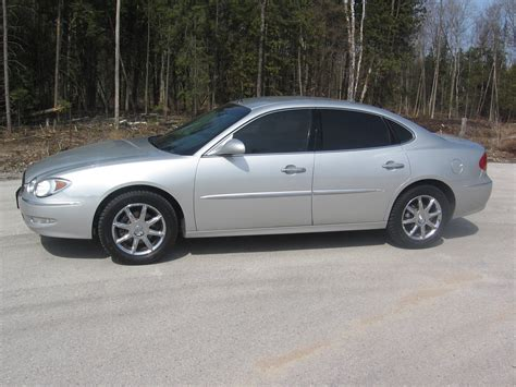 Buick 2005 Lacrosse by 2005 Buick Lacrosse Information And Photos Momentcar