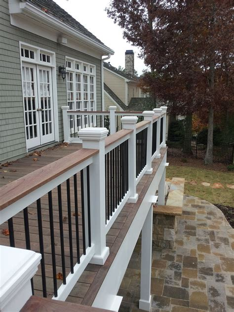 Two tone or three tone deck rails can 'tie it all together