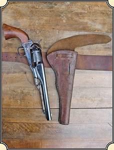 Z Sold Original Half Flap Holster And Belt Vintage 1850