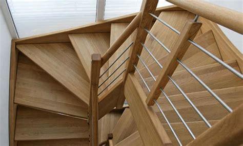 Ihle Treppenbau • Treppen • Treppenbau • Holztreppen