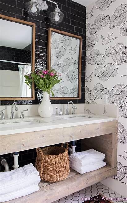 Bathroom Master Cabin Revealing Tile Aztec Fish