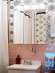 Reasons to love retro pink tiled bathrooms hgtv39s for Kitchen colors with white cabinets with pink bathroom wall art