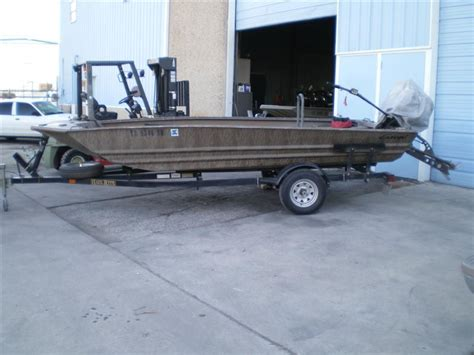 Pontoon Boat Repair by Aluminum Boat Repair Pontoon Repair Aluminum Welding