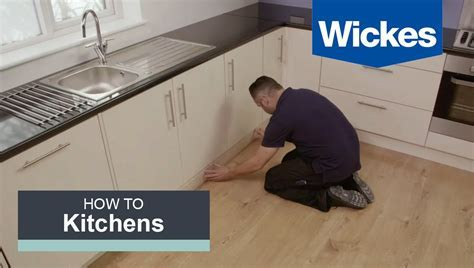 How to Fit a Kitchen Plinth, Pelmet and Cornice with