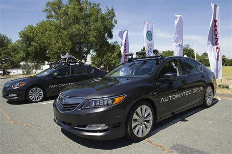 Honda Demonstrates Autonomous Driving Tech At Gomentum