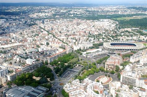 le parc des princes survolez la capitale en h 233 licopt 232 re sur l internaute