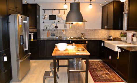 cuisine studio eik med grep og malt mdf pã hã yskap og