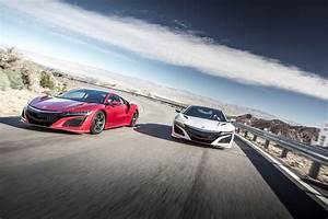 2017 Acura NSX Overview | The News Wheel