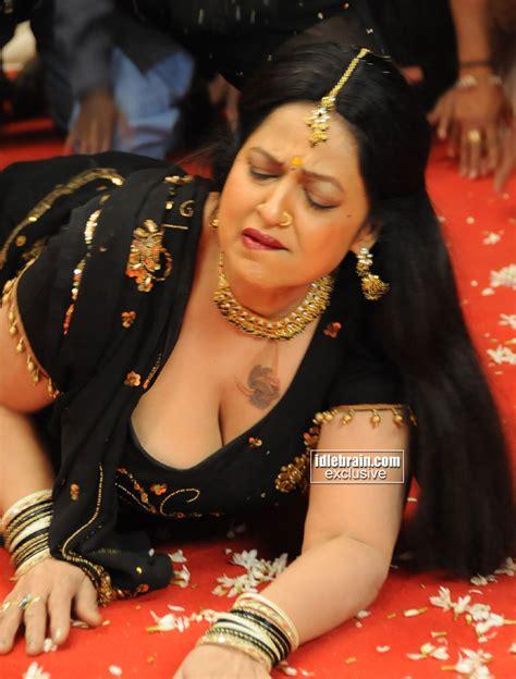 actress jyothi lakshmi south indian actress jyothi lakshmi photo session 1