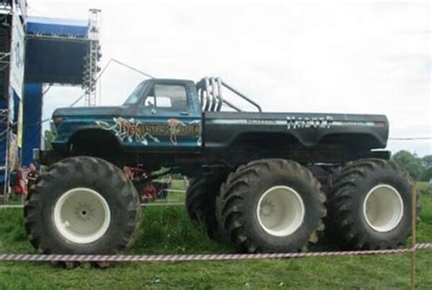21 Of The Most Ridiculous Trucks We've Ever Seen