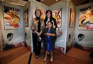 Bruce Lee's wife, daughter open Hong Kong exhibit - The ...