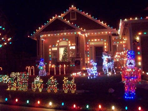 holiday living 10 ct path lights 10 houses in nevada with incredible christmas decorations