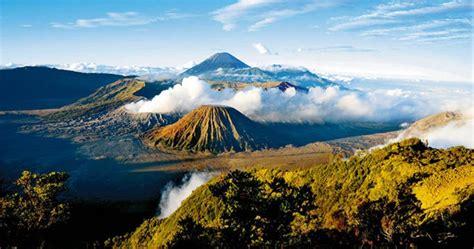 deskripsi wisata gunung bromo  bahasa inggris nohp