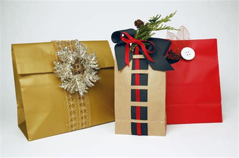 creative gift wrapping ideas   holidays lubas fashions