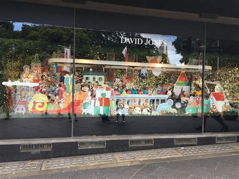 the david jones christmas windows are so bad this year no one is looking at them business insider