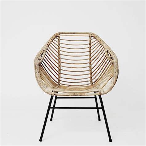 decorative fauteuil en rotin fauteuil en rotin des 233 es 50 avec accotoirs stylis 233 s sur