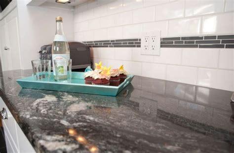 cuisine plan de travail granit noir plan de travail en granit noir pour une ambiance tendance