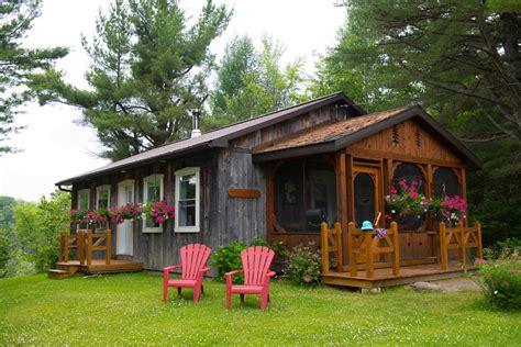 chalet de bois maison contemporaine et 171 condo 187 urbain un point en commun l eau
