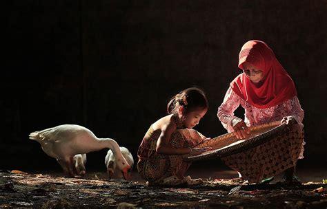 vie quotidienne des villageois en indonesie par herman