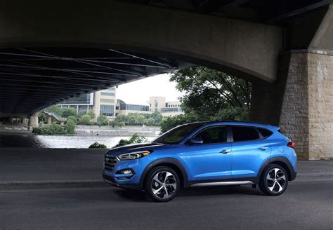 hyundai tucson limited ultimate package  price