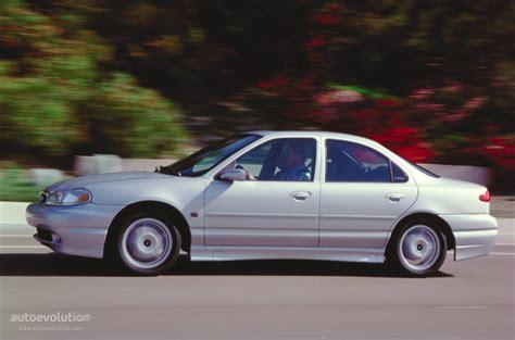 Ford Mondeo Sedan Specs & Photos