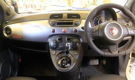 Gambar Mobil Fiat 500 by Fiat 500 Indonesia Interior Autonetmagz Review Mobil