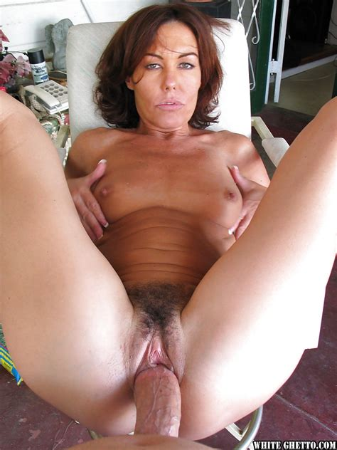 Nancy Vee Gives A Slurpy Blowjob And Gets Her Hairy Twat