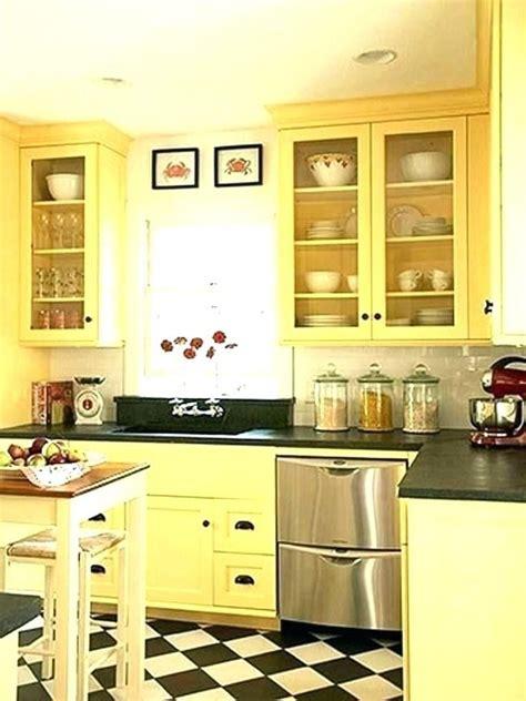 18+ Gorgeous Kitchen Ideas Yellow Walls
