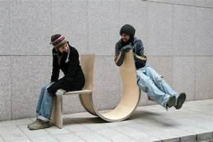 Chaise Qui Se Balance : designs innovants de mobilier urbain ~ Teatrodelosmanantiales.com Idées de Décoration
