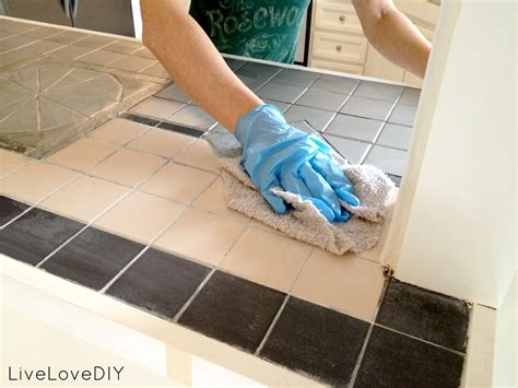 how to paint tile livelovediy how to paint tile countertops