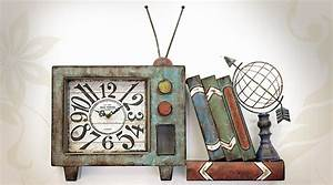Décoration Murale En Métal : d coration murale en m tal tv vintage avec horloge ~ Teatrodelosmanantiales.com Idées de Décoration