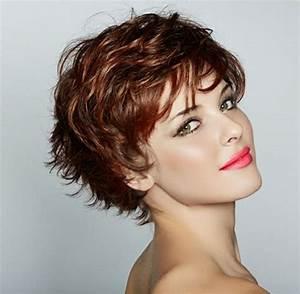 Coupe Courte Frisée Femme : coupe courte femme pour cheveux frises ~ Melissatoandfro.com Idées de Décoration