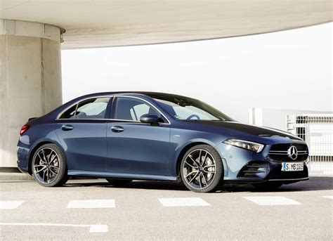 This 2020 black a250 is available at auto gallery with finance options 4 cylinder engine, 18″ wheels and black interior. مرسيدس-ايه ام جي A35 4MATIC اختصارًا وبالتفصيل   Arabs Auto