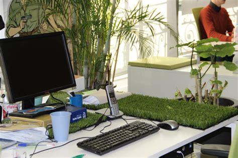 bureau ude environnement le mur végétalisé pour un environnement de travail plus