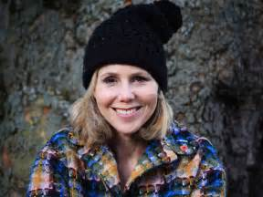 how to register for honeymoon money sally phillips on thailand with renée zellweger leeds