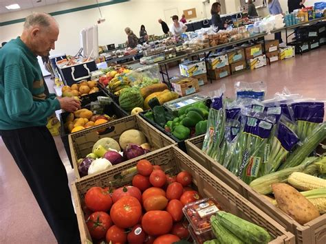 saddleback church food pantry when active duty service members struggle to feed their