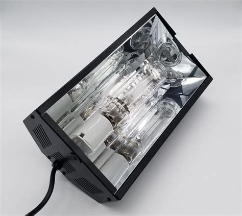 iGro Tri-Arc High Pressure Sodium Lamp | iGroGreenz™