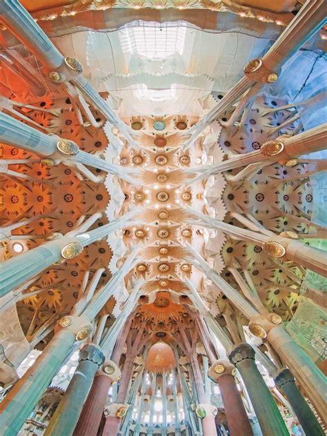 6 Must See Buildings By Gaudi In Barcelona in 2020 | Gaudi ...