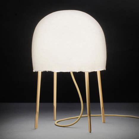 Foscarini Kurage Table Lamp   Eames Lighting