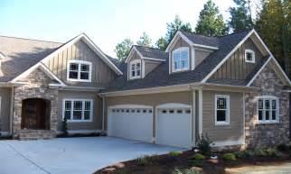 house trim paint exterior paint colors house brown roof