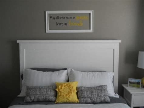 Painted Wood Headboards by Beautiful White Wood Painted Headboard Simple Design Easy